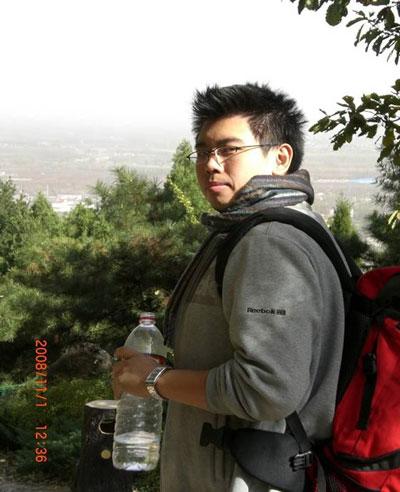 """""""真情耀中华""""志愿者-张男"""